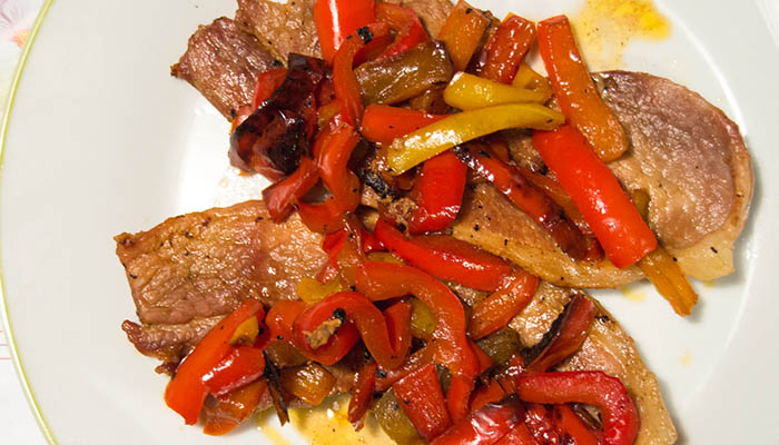 bistecche di puledro con i peperoni